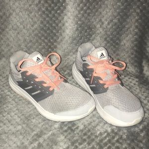 Shoes - asidas running shoes/sneakers